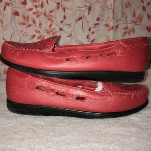 Dr Scholls Red Slip On Loafers Moccasins Flats 7.5